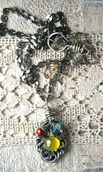 Cast necklace