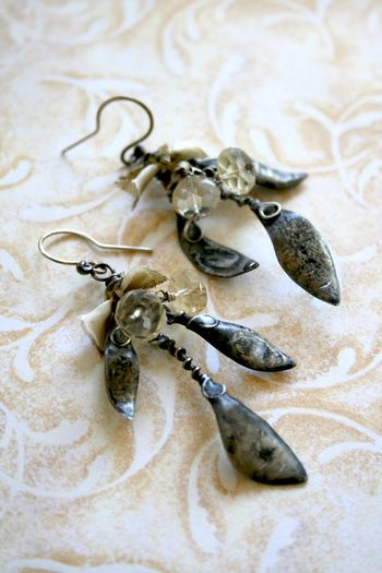 Leaf earrings4