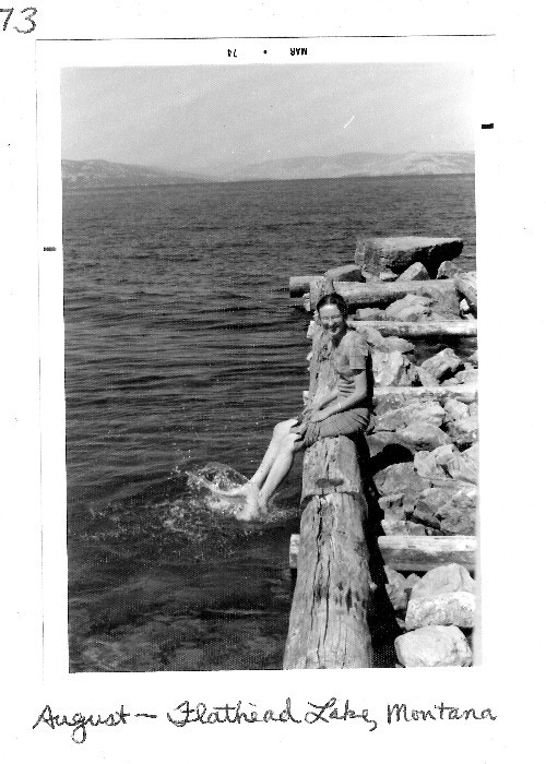 500_mom_in_montana_bw