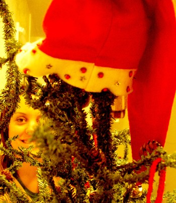 Girls_christmas_tree